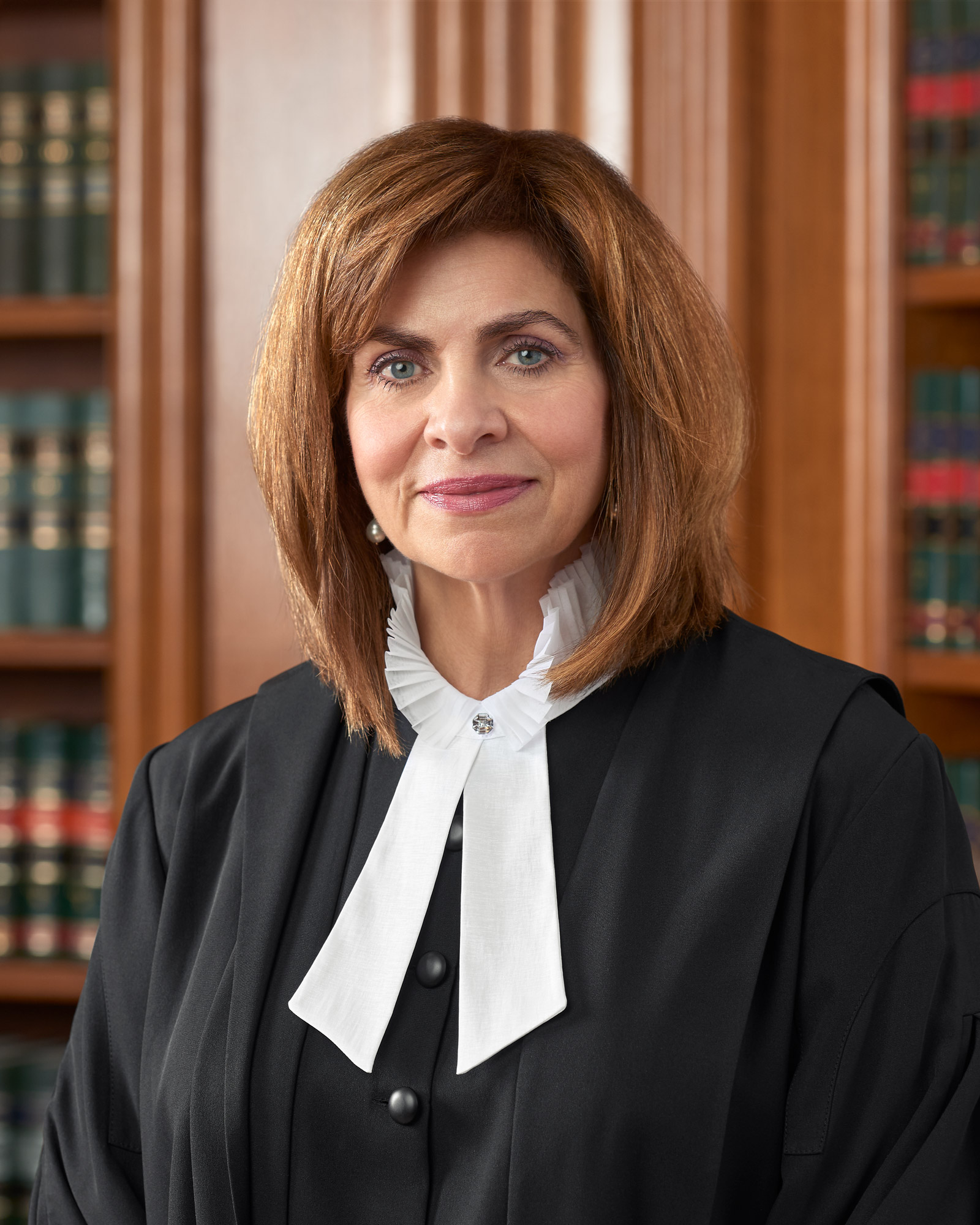Official Portrait of Justice Karakatsanis | Supreme Court of Canada